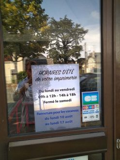 CG Communication Affiche Vitrine